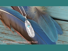 Light as a feather, silver pendant by Shendaehwas.